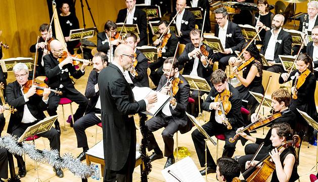Instant del concert de l'1 de gener del 2018 protagonitzat pels músics en plantilla de l'Orquestra nacional clàssica d'Andorra, a més d'artistes extra, a l'Auditori Nacional.