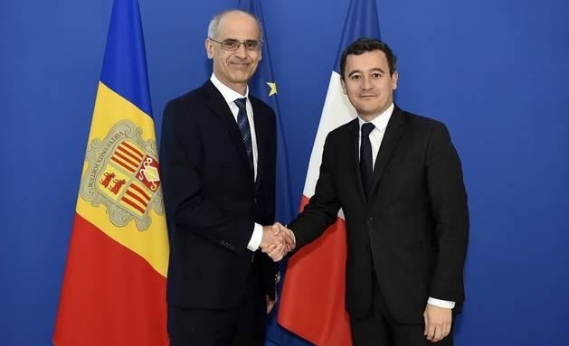 Toni Martí amb el ministre francès Gérald Darmanin