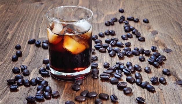 El seu nom es deu a l'ús de la vodka d'origen rus (russian) i el color negre (black)