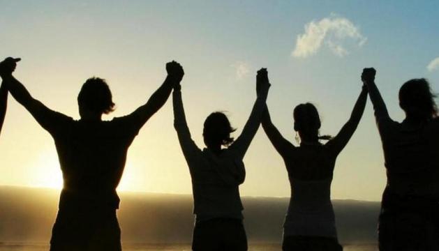 Els amics, com tot a la vida, et donen mals de cap, però és genial poder tenir-los