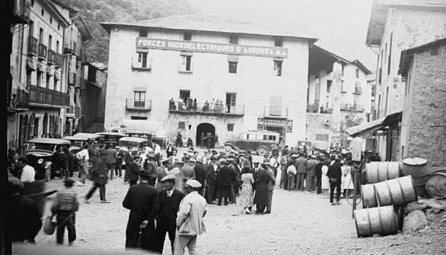 Una imatge de la vaga a Fhasa de l'Arxiu Plandolit.