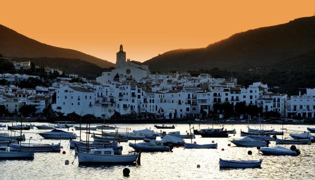 Vaig des de petita a Cadaqués i ja forma part del meu ser; ara segueixo anant-hi per desconnectar.