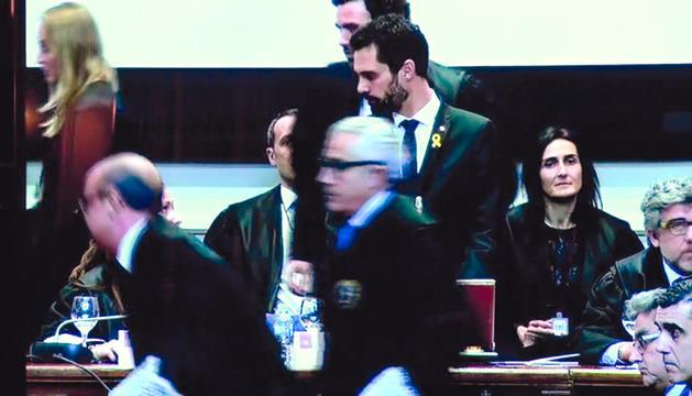 Trapero admet davant la jutge que va reunir-se amb el govern per l'1-O