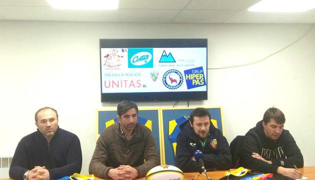 Gregori Labadze, el segon començant per l'esquerra.