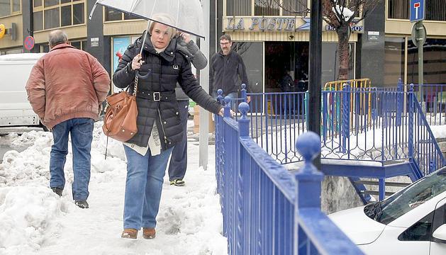 Els ciutadans es queixen de l'estat dels carrers després de les nevades