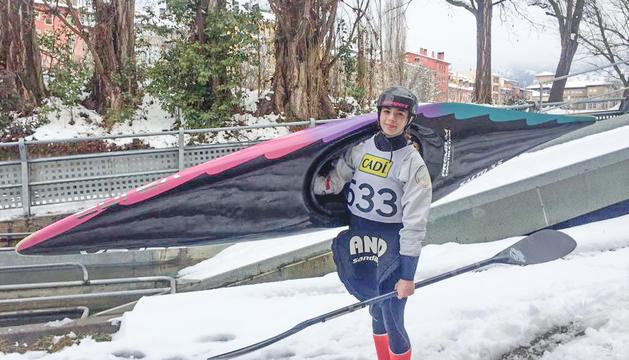 La palista de canoa-caiac Laura Pellicer