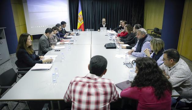 Govern i els sindicats han mantingut aquest matí la tercera reunió sobre la llei de Funció Pública