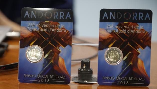 La moneda d'or i la de plata de col·lecció