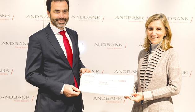 Andbank dona 24.000 euros a la fundació FERO