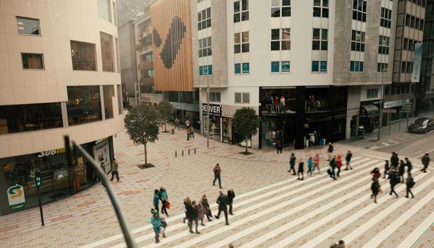 Una exposició pública a l'avinguda Carlemany mostra com quedarà la via després de les obres