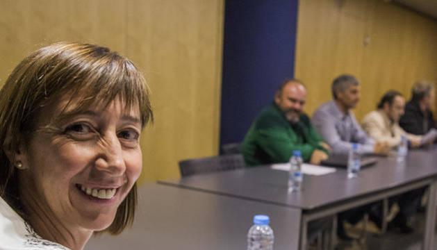 La ministra Descarrega en una reunió al setembre amb els representants dels sindicats de funcionaris