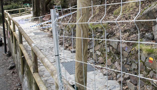 Tram del rec del Solà afectat per la caiguda del bloc rocós a principis de mes
