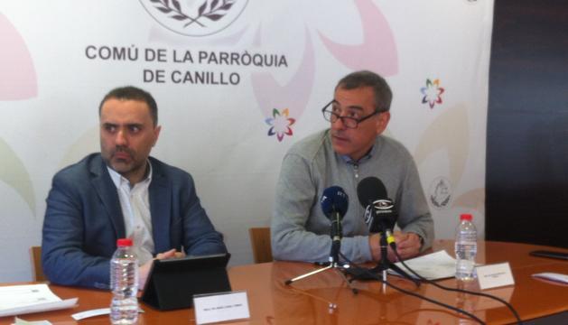 El conseller de finances, Marc Casal Tomàs i el cònsol menor de Canillo, David Palmitjavila