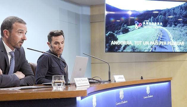 Jordi Torres i Joaquim Rodríguez en la presentació de la campanya.
