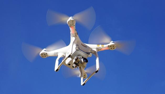 Un dron DJI Phamtom usat pels professionals de l'audiovisual