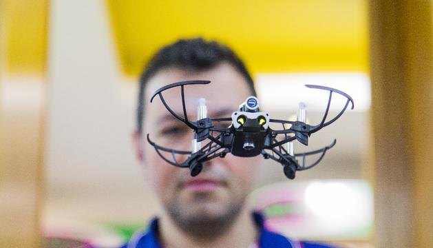 El parrot és un dels drons petits amb prestacions
