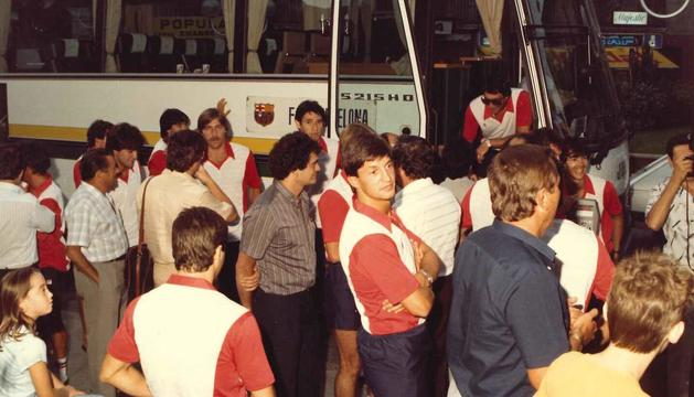 El Barça del 1985 baixant de l'autocar.