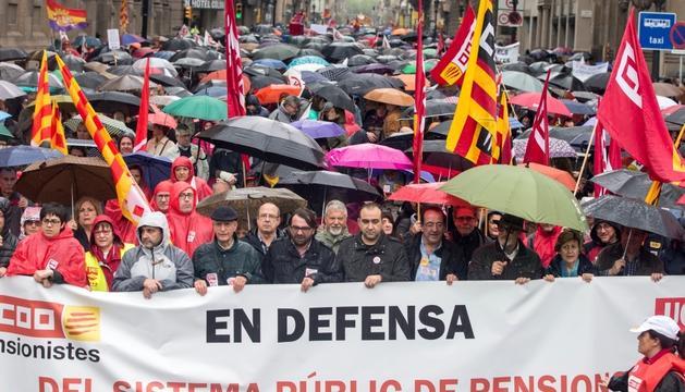 Unes 2.000 persones es van manifestar ahir a Barcelona.