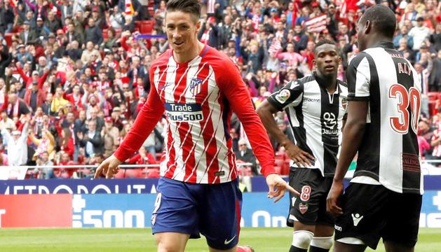 El davanter de l'Atlètic de Madrid Fernando Torres, de celebració.