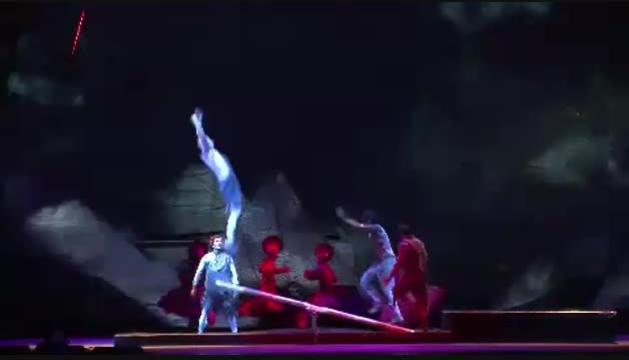 Un número d'un espectacle anterior del Cirque