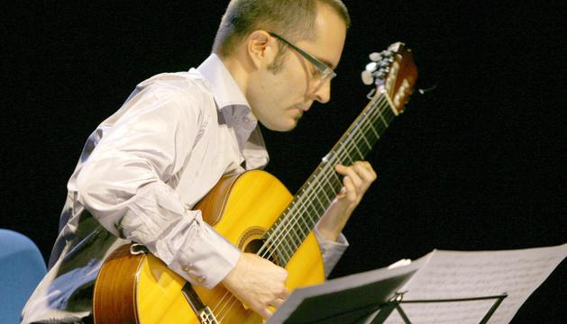 David Sanz, que interpretarà les obres amb la guitarra.
