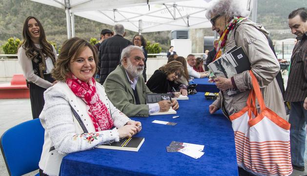 Els Els escriptors signen llibres escriptors signen llibres