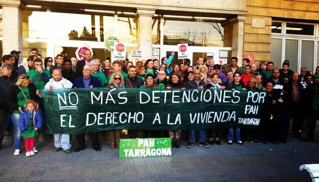 Un grup d'activistes de la Plataforma d'Afectats per la Hipoteca.