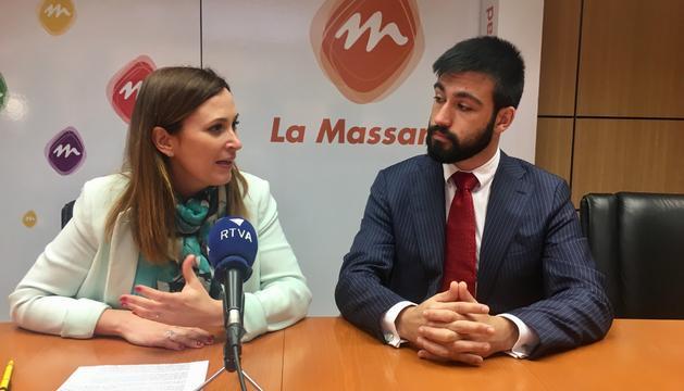 La consellera Jael Pozo i l'autor de la iniciativa Sebastià Mijares