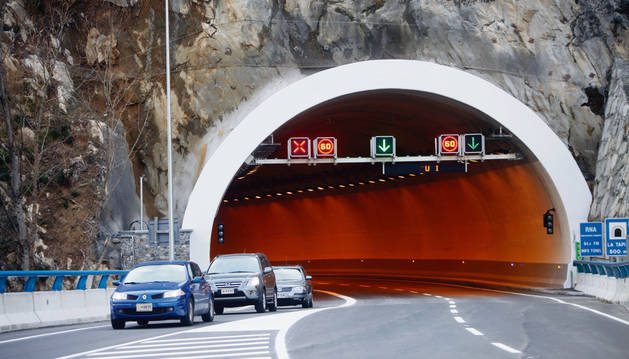 Entrada sud al túnel de la Tàpia.