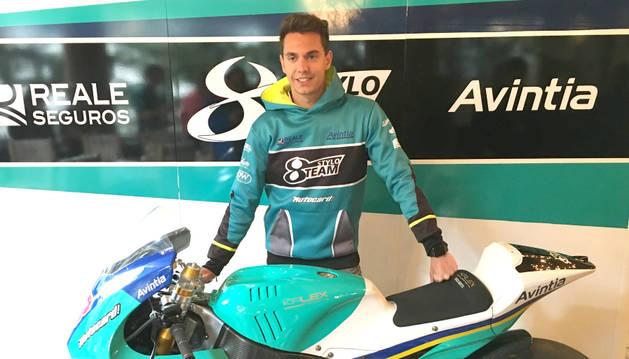 El pilot de l'Stylobike Team Xavi Cardelús, el dia de la presentació de la temporada a principi del mes passat.