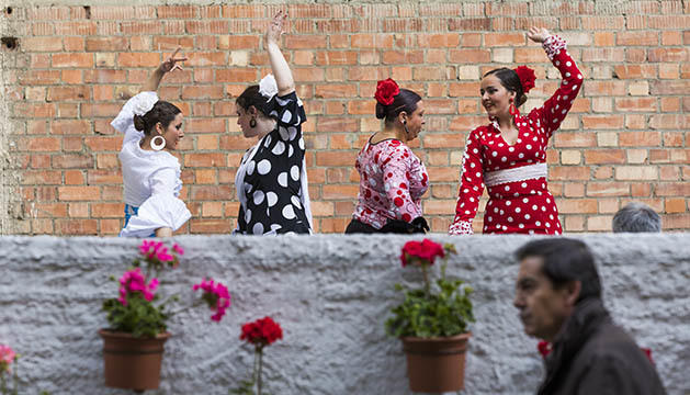 Riberaygua es transforma en El barri de les flors