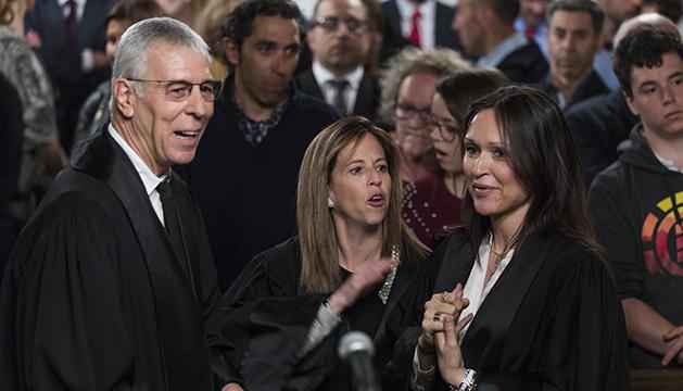 Jacques Richiardi, la Fiscal Adjunta, Carolina Bailén i la batllessa Cristina Bea Rebés.