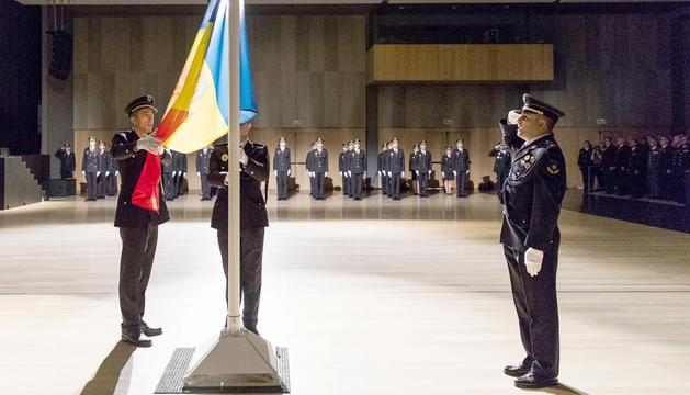 L'acte de jurament de la 53a promoció de la policia es va celebrar a la sala del Prat del Roure d'Escaldes-Engordany.