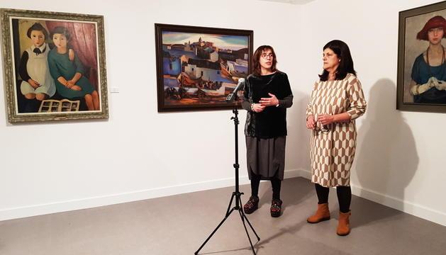 La mostra recorre un segle de pintura portuguesa.