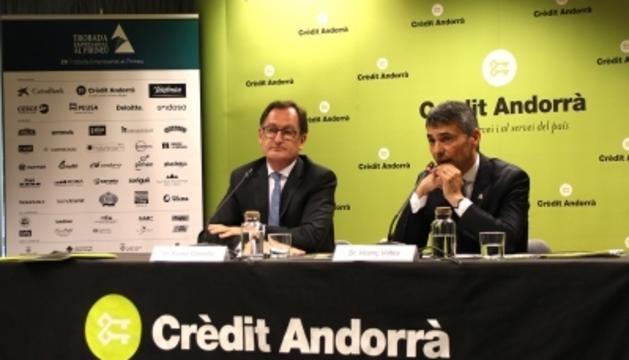 El director general de Crèdit Andorrà, Xavier Cornella, i el president de la Trobada Empresarial, Vicenç Voltes, avui