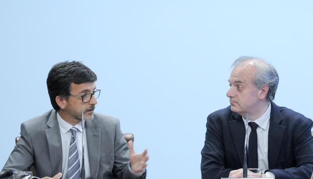 El ministre portaveu, Jordi Cinca i el ministre de Salut, Carles Álvarez.