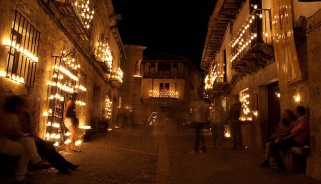 La 'Noche de las velas' a Pedraza, segovia
