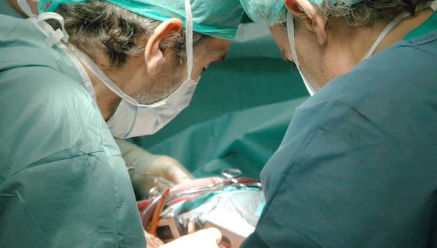 Operació de trasplantament de pulmó a l'hospital 12 d'octubre de Madrid.