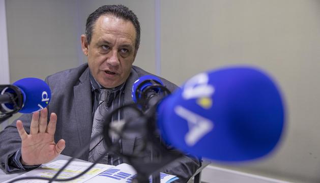 Jordi Moreno, director de la policia als estudis de la ràdio del Diari d'Andorra