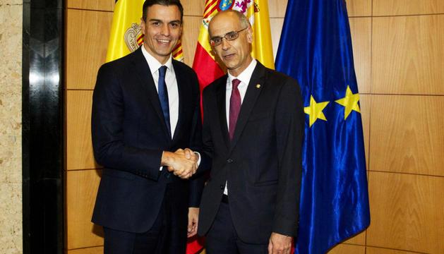 Martí i Sánchez van conversar ahir a la tarda abans de l'acte de commemoració dels 25 anys de les relacions hispanoandorranes.