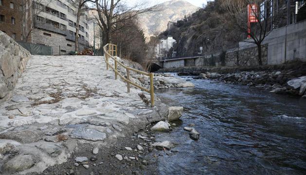 Instal·lacions per al ràfting al riu Valira a Sant Julià