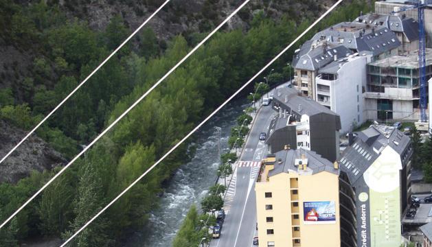 El parc estaria situat paral·lel al riu a Sant Julià.