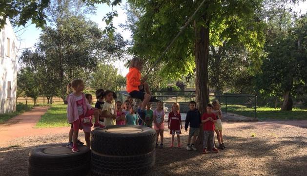 Els infants del col·legi Sant Ermengol s'han divertit a la Granja Escola La Manreana