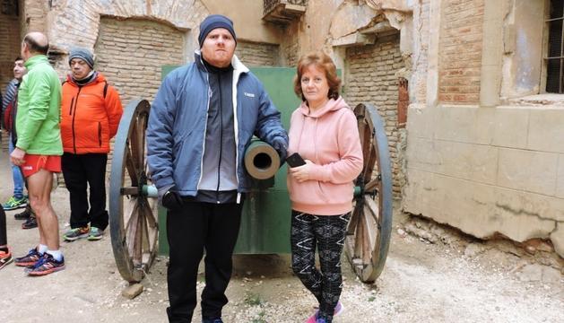 Ramírez i la seva mare, que ahir va explicar la situació de dependència que pateix el fill.
