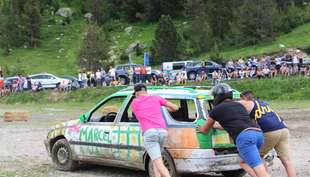 El tradicional Crash Car d'Encamp