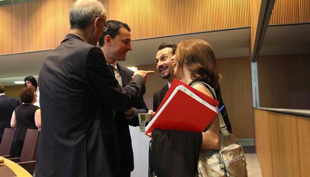El cap de Govern, Toni Martí, felicita els consellers de L'A i del PS per l'acord