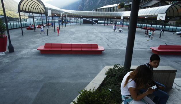 L'acampada se celebra avui a la plaça del Poble d'Andorra la Vella.