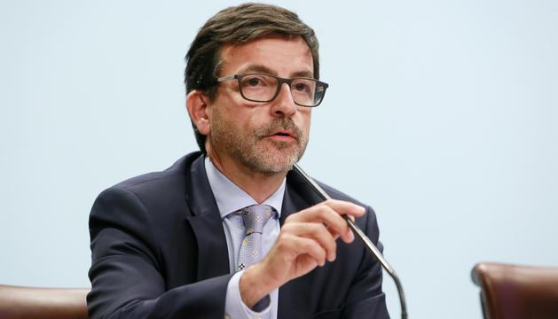 El ministre Jordi Cinca a la roda de premsa posterior al Consell de Ministres