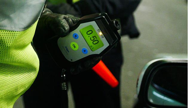 Control d'alcoholèmia de la policia en una campanya anterior