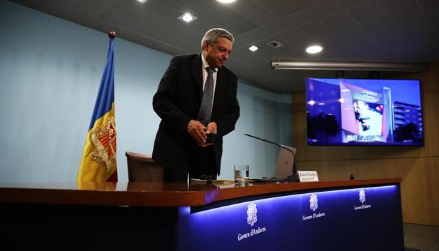Xavier Bardina en la presentació del guanyador del concurs.